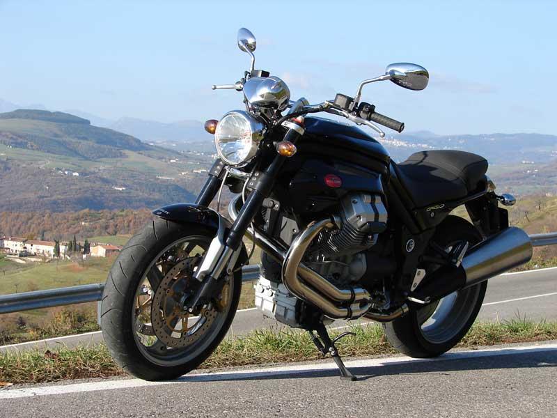 i test su strada di moto italiche. moto in italia. recensioni di